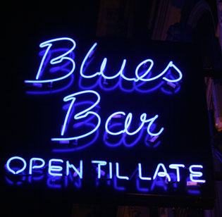 blues-open-later