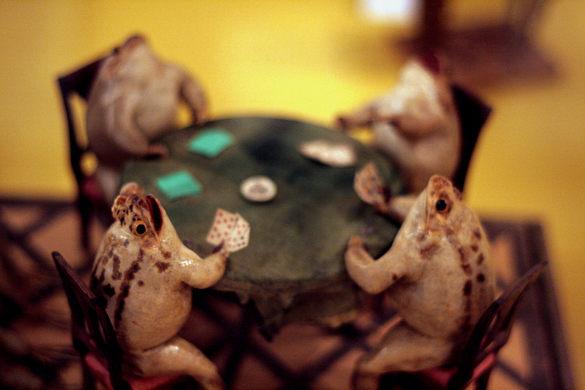 frog poker