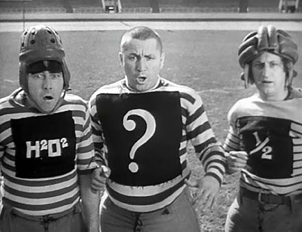 three-stooges-football